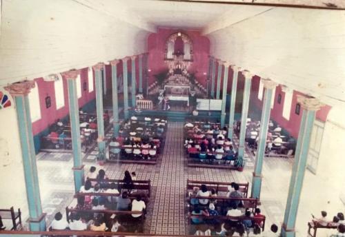 Iglesia vieja interna (1)